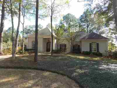 Madison Single Family Home For Sale: 128 Adderley Blvd