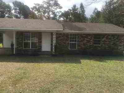 Jefferson Davis County Single Family Home For Sale: 194 E Granby Rd