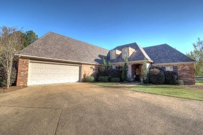Canton Single Family Home For Sale: 130 Addison Way
