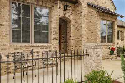 Madison Single Family Home For Sale: 110 Carrington Dr