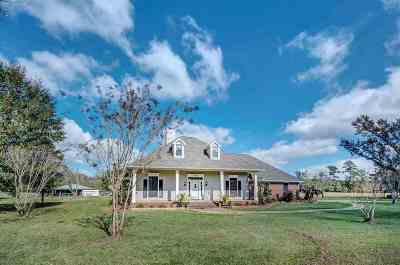 Byram Single Family Home Contingent/Pending: 620 Bounds Rd