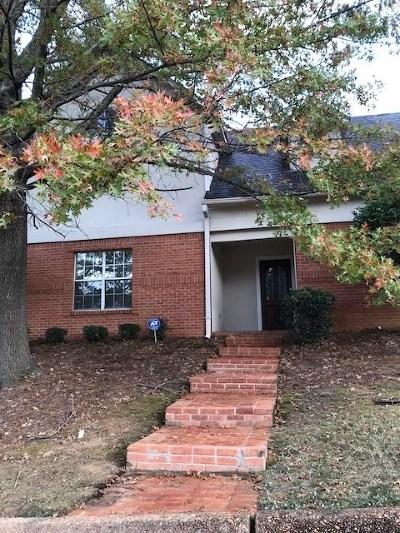 Jackson Townhouse Contingent/Pending: 4801 Autumn Woods Dr #106