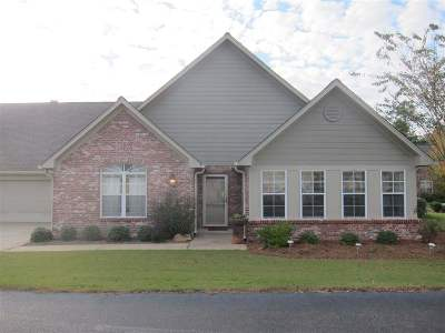 Ridgeland Single Family Home For Sale: 1002 Charmant Pl