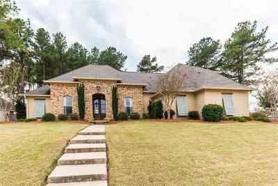 Madison Single Family Home For Sale: 145 Mullherrin Dr