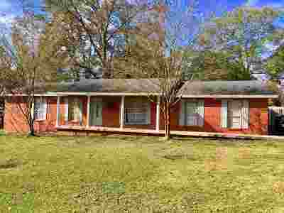 Leake County Single Family Home For Sale: 217 Massey Cir