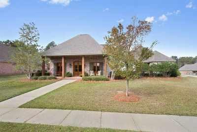 Madison Single Family Home For Sale: 247 Lake Circle