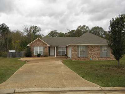 Florence, Richland Single Family Home For Sale: 206 Roxbury Cv