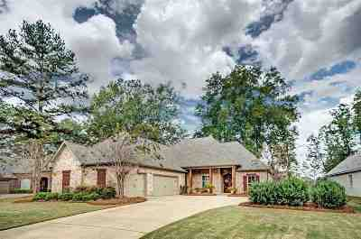 Madison Single Family Home For Sale: 104 Claw Creek Cv