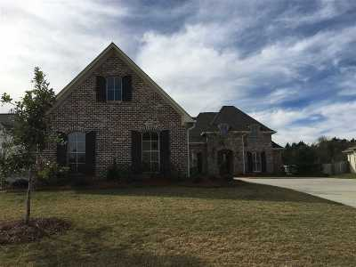 Madison Single Family Home For Sale: 136 Bienville Dr