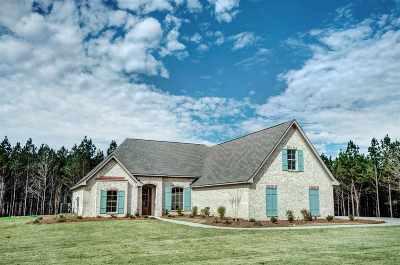 Brandon Single Family Home For Sale: 625 Kylemore Ln
