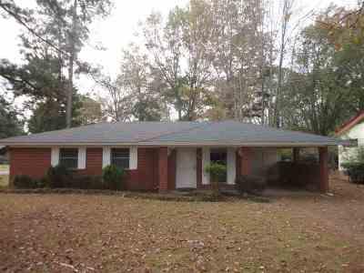 Canton Single Family Home For Sale: 650 East Academy St
