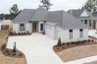 Lake Caroline Single Family Home Contingent/Pending: 120 Greenway Ln
