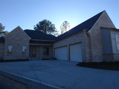 Madison Single Family Home For Sale: 156 Greenway Ln #lot 837