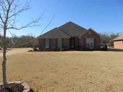 Madison Single Family Home For Sale: 151 Memory Ln