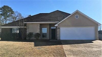 Brandon Single Family Home For Sale: 1007 Stonehendge Dr