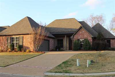 Brandon Single Family Home For Sale: 200 Huntington Hollow Dr