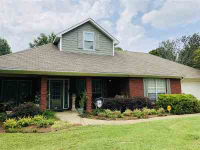 Madison Single Family Home For Sale: 164 Church Rd