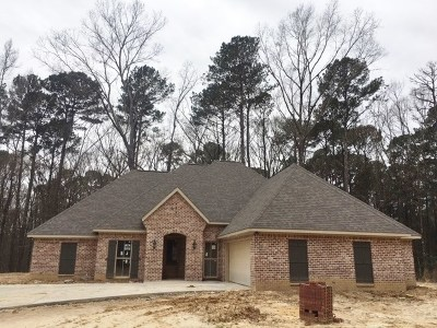 Brandon Single Family Home For Sale: 142 Mt Helm Rd