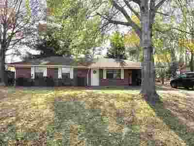 Canton Single Family Home Contingent: 828 Academy Park Dr
