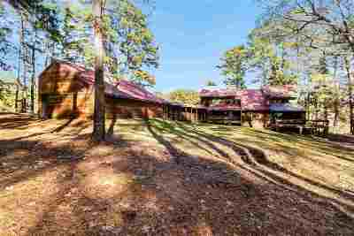 Madison Single Family Home For Sale: 131 Pine Grove Dr