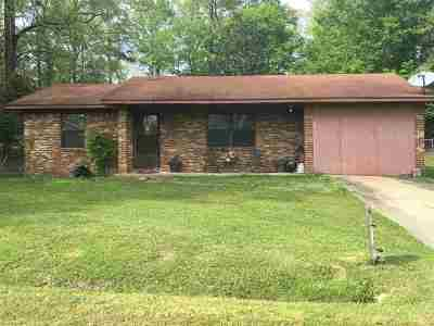 Newton County Single Family Home Contingent/Pending: 109 Adeline Ln