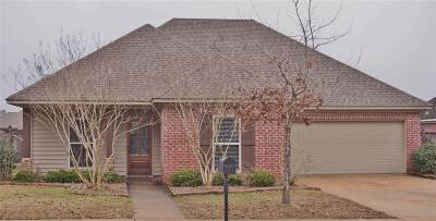 Florence, Richland Single Family Home For Sale: 605 Lexington Dr