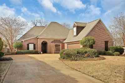 Madison Single Family Home For Sale: 107 Ashton Park Blvd