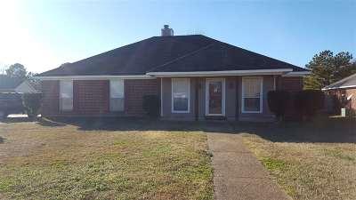 Byram Single Family Home For Sale: 307 Azalea Cv