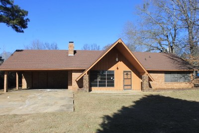 Madison Single Family Home For Sale: 608 Stout Rd