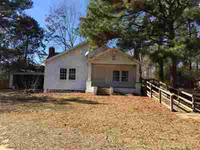 Scott County Single Family Home For Sale: 28 Pea Ridge Rd