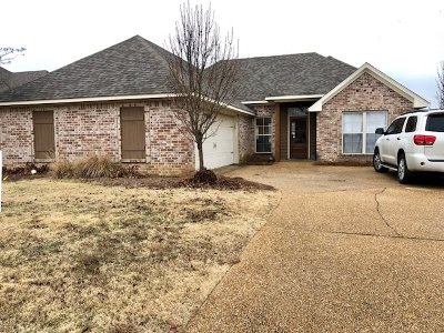 Madison Single Family Home For Sale: 164 Lakeway Dr