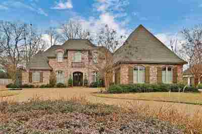 Madison Single Family Home For Sale: 420 St. Ives Dr