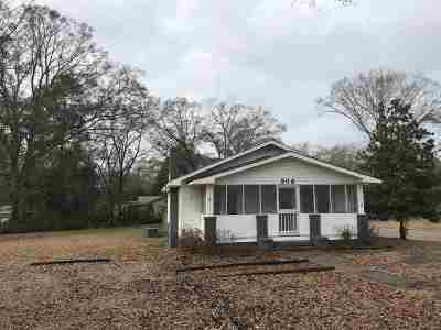 Magee Single Family Home For Sale: 302 SW 2nd Ave