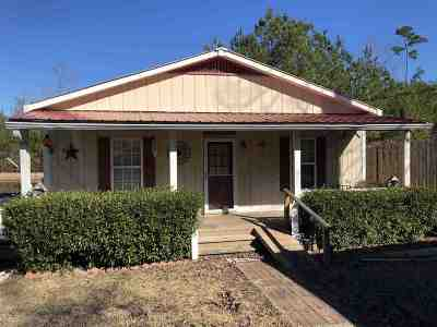 Single Family Home For Sale: 4085 Hwy 18 Hwy