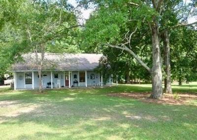 Clinton Rental For Rent: 1704 Pinehaven Dr