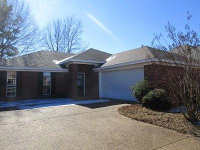 Brandon Single Family Home For Sale: 268 August Dr