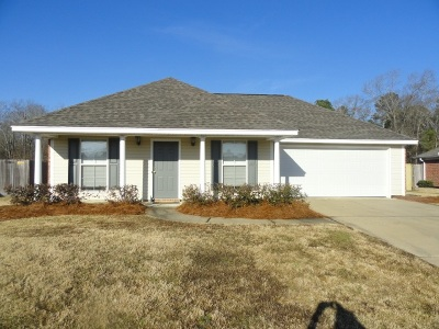 Brandon Single Family Home Contingent: 791 Whippoorwill Dr