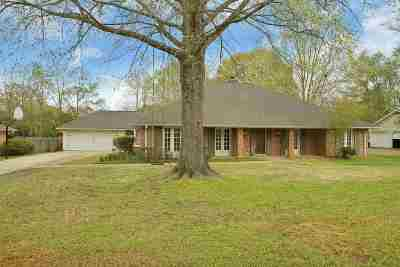 Brandon Single Family Home For Sale: 308 Millcreek Dr
