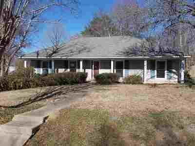 Madison Single Family Home For Sale: 44 Camelia Ln