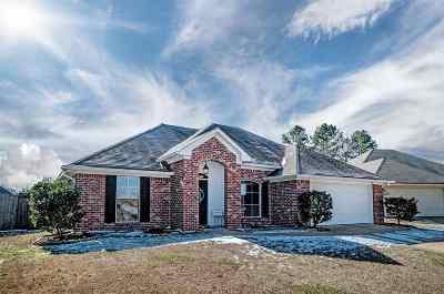 Brandon Single Family Home For Sale: 509 Oakleigh Pl