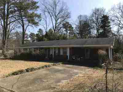 Scott County Single Family Home For Sale: 415 Townsend Rd