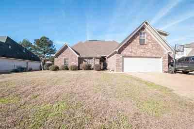 Madison Single Family Home For Sale: 168 Sonnet Cir