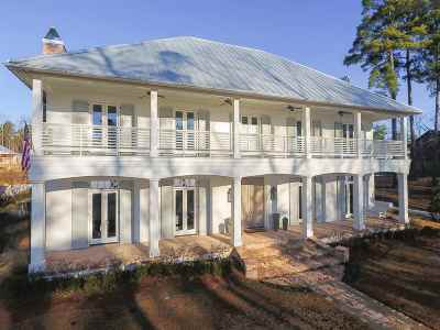 Madison Single Family Home For Sale: 114 Old Trace Rd