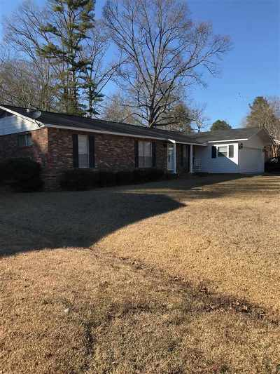 Carthage Single Family Home Contingent: 215 Massey Cir