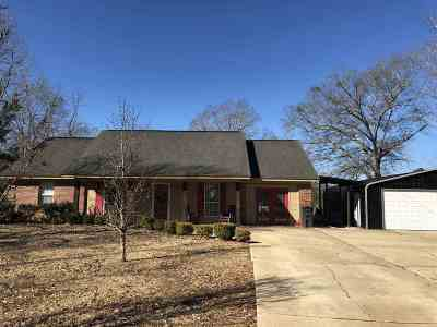 Canton Single Family Home For Sale: 401 Hwy 17