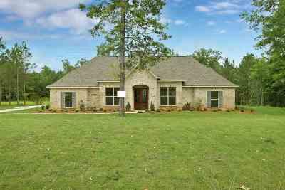 Brandon Single Family Home For Sale: 637 Kylemore Ln