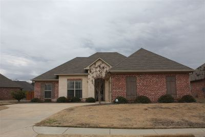 Madison Single Family Home For Sale: 164 Memory Ln