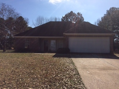 Canton Single Family Home Contingent: 818 Academy Park Dr