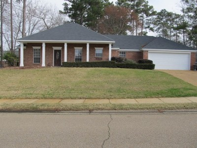 Brandon Single Family Home For Sale: 1003 Cumberland Dr