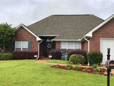 Pearl Single Family Home For Sale: 615 Wildberry Dr